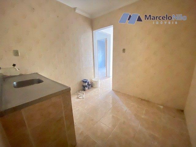 Apartamento térreo em Olinda, 65m2,  2 quartos sociais, varanda e garagem - Foto 7