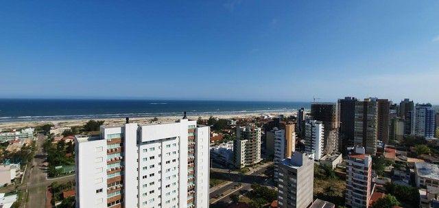Apartamento 4 Dormitórios - Bairro Praia Grande - Foto 19