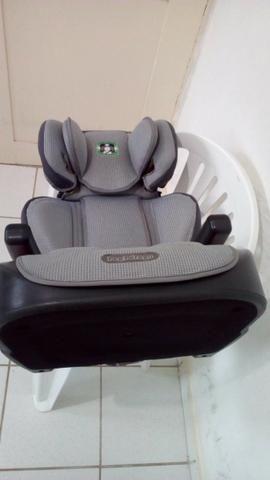 Cadeirinha de bebe marca protege pegpérego