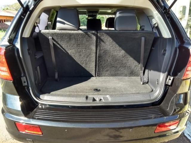 Dodge Journey R/T 2.7 V6 185cc 4x4 - 2010 - Foto 11