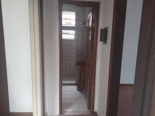 Apartamento, frente, 70m², sol da manhã na Rua João Silva 86 - Olaria - Foto 7