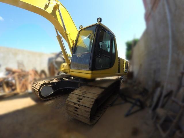 Escavadeira komatsu pc200 - Foto 3