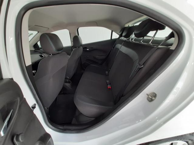Chevrolet ONIX HATCH LT 1.0 8V FlexPower 5p Mec. - Branco - 2019 - Foto 6