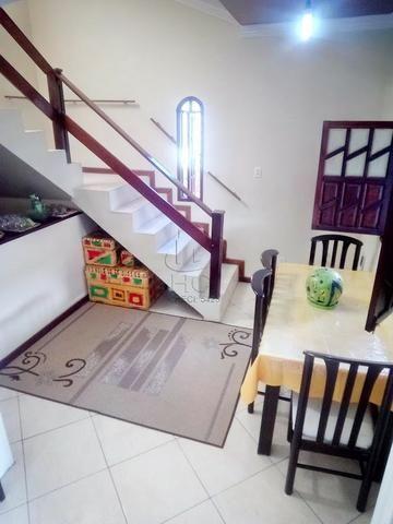 Casa 1º Andar Estilo Duplex, Financiável, 5/4 (2 Suítes), Rua Tranquila; Itapuã-HC034 - Foto 3