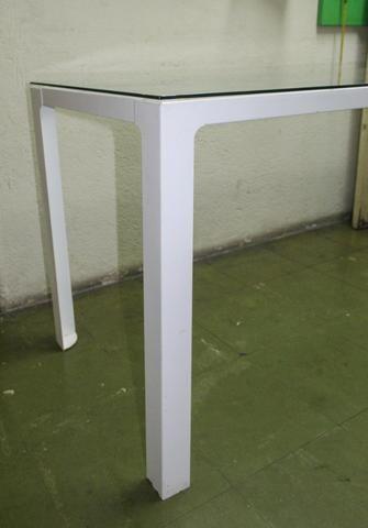 Mesa de Escritório em Ferro e Vidro Branca / Escrivaninha Office - Foto 6