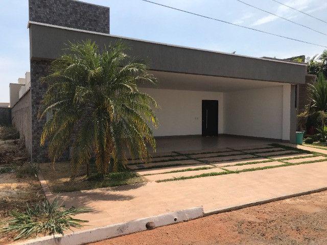 Casa 03 suítes, Condomínio Porto Seguro, Inhumas - GO