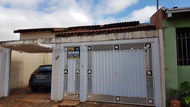 Casa com cômodos amplos 150,28 m² de área construídas - Coopharádio. - Foto 17