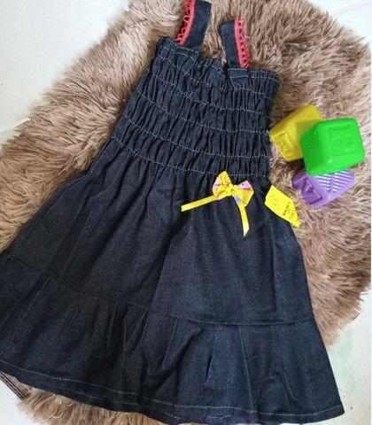"Vestido Jeans Infantil - @amelinha-store ""Promoção"" - Foto 3"