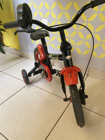Bicicleta infantil (semi nova) - Foto 5