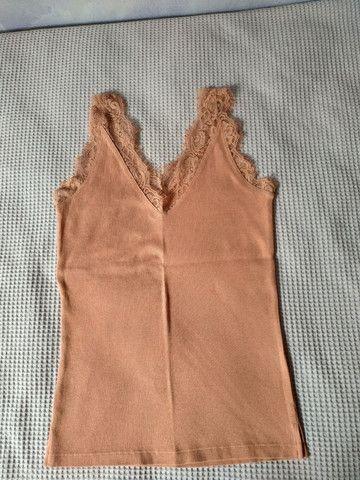 Blusas semi novas - Foto 3