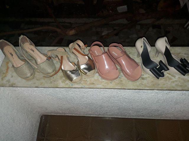 12 pares de sandalias lindas - Foto 2