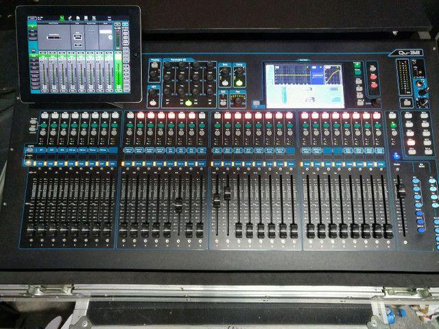 Mesa de som digital 32 canais Allen Heath