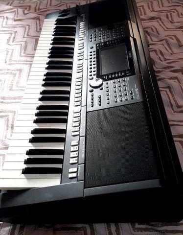 Teclado Yamaha Psr s970 semi novo  - Foto 6