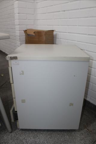 Gaveteiro / Porta Arquivo / 4 gavetas / em MDP Branco 61 cm x  44 cm x  50 cm (LER OBSERV - Foto 5