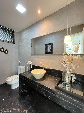 Casa em Condominio Fechado, 04 Suites sendo 1 master com hidromassagem - Foto 11