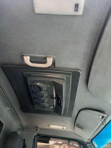 Mercedes-Benz 915c no chassi - Foto 6
