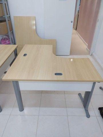 Móveis para escritório (estante, mesa, cadeira, armário, roupeiro, gaveteiro, arquivo) - Foto 2