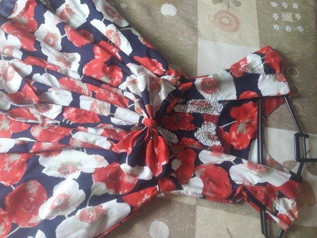Kit Vestidos Menina tamanho 10 - Foto 3