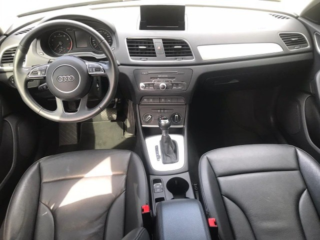 Audi Q3 1.4Tfsi ano 2018 impecável  - Foto 4