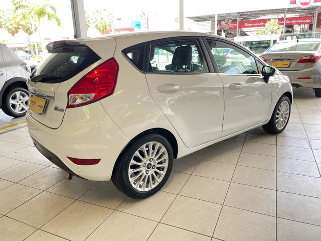 Ford Fiesta Titanium 1.6 Automático 2013/2014 Completo