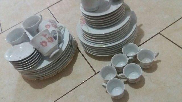 Jogo de porcelana um ferro pequeno novo - Foto 4