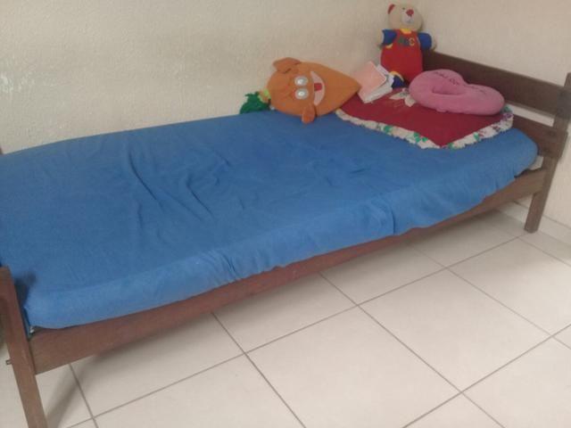 Vendo duas cama de solteiro Massaranduba