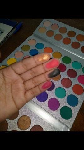 Paleta de sombra beauty glazed 63 cores Leia a descrição - Foto 3