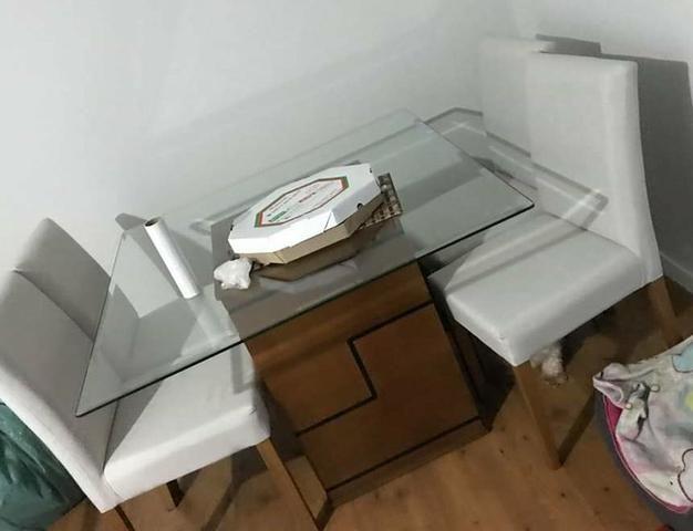 VENDO - Mesa 4 cadeiras alto padrão