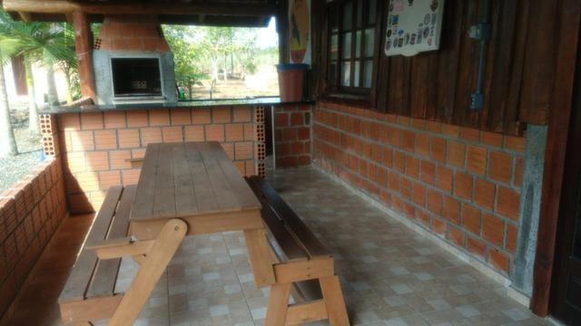Chácara com Duas Casas rústicas (6 quartos), lado do Rio Palmital - Foto 4