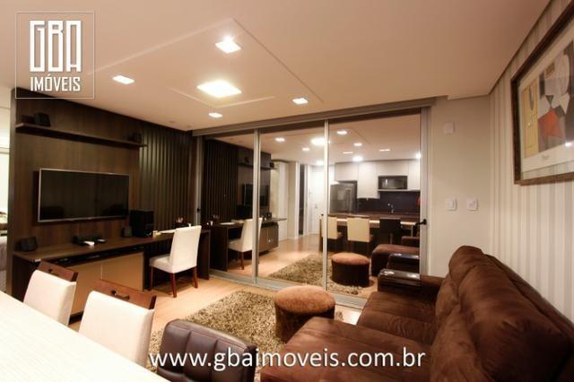 Studio Residence 100% mobiliado, 1 dorm, sacada e 1 vaga - Pelotas/RS