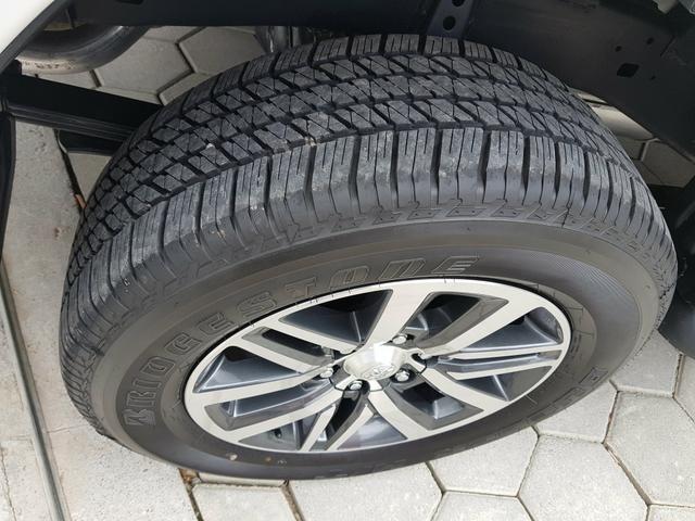 Hilux SRV 2016 Único Dono Rodas SRX 2.8 Automática 4x4 pneus Novos - Foto 12