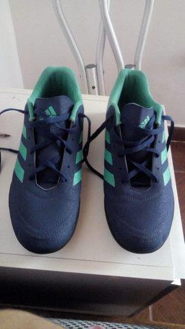 Chuteira society adidas - Foto 6