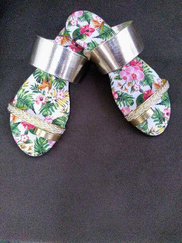 Sandálias - Rasteirinhas - Foto 2