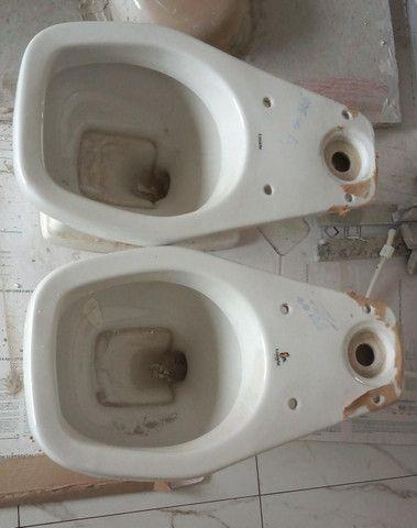 Vaso sanitário com descarga acoplada Novo - nunca usado - Foto 3