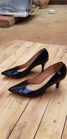 Sandalhas seminovas... - Foto 2