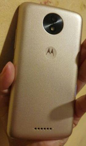 Moto C plus dourado 16 GB semi novo - Foto 3