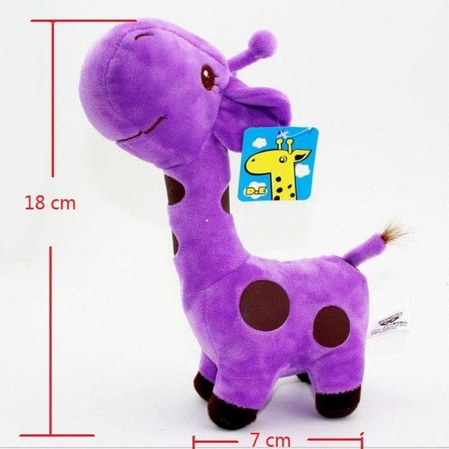 Girafa de Pelúcia 18cm Girafinhas Novas - Foto 6