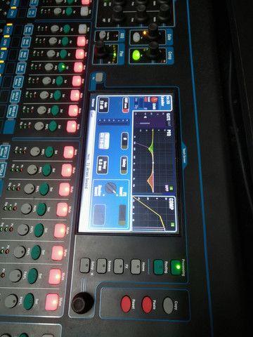 Mesa de som digital 32 canais Allen Heath - Foto 5