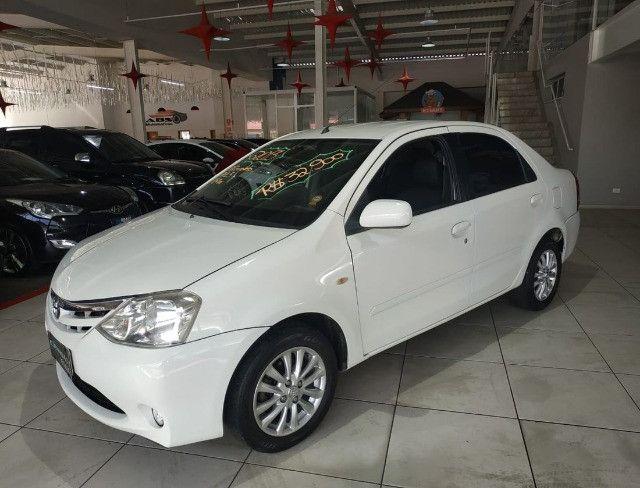 Toyota Etios Sedã XLS - 2013 - Foto 2