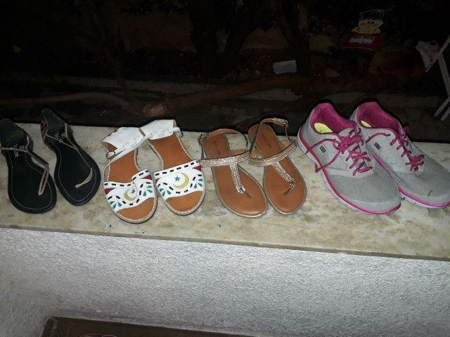 12 pares de sandalias lindas - Foto 4