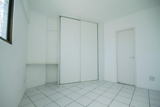 Apartamento com 3 quartos para alugar, 94 m² por R$ 3.385/mês com taxas - Boa Viagem - Rec - Foto 14