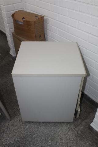 Gaveteiro / Porta Arquivo / 4 gavetas / em MDP Branco 61 cm x  44 cm x  50 cm (LER OBSERV - Foto 3