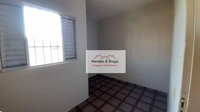 Sobrado com 4 dormitórios para alugar, 160 m² por R$ 2.500,00/mês - Cocaia - Guarulhos/SP - Foto 18