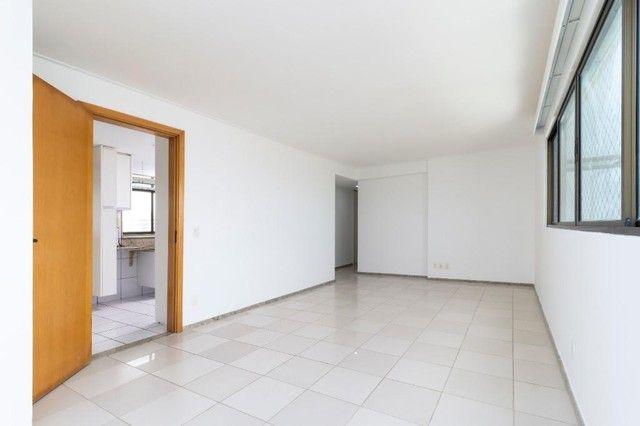 Apartamento com 4 quartos para alugar, 300 m² por R$ 13.500/ano - Pina - Recife/PE - Foto 17