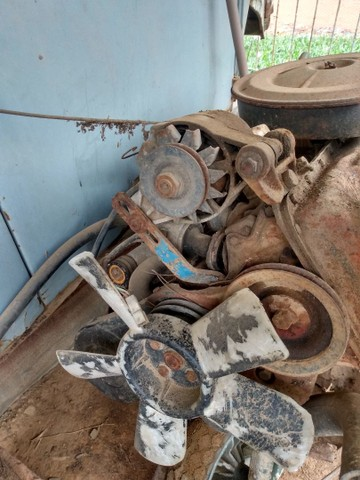 Vendo motor e caixa de Chevette 1.6 S 4marcha