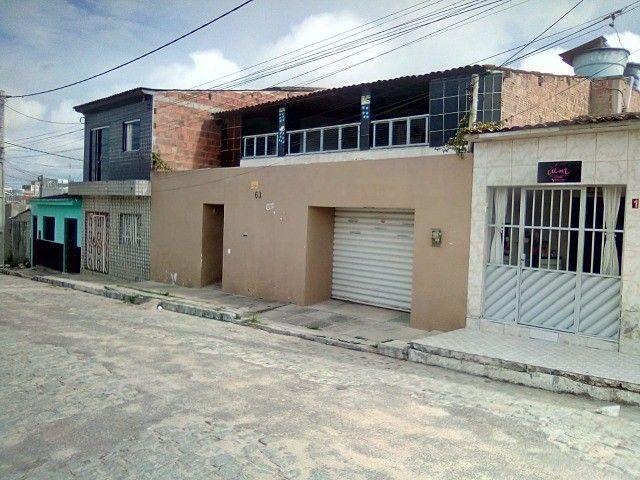 Casa dois andares na região central de lajedo
