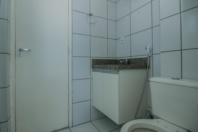 Apartamento com 3 quartos para alugar, 94 m² por R$ 3.385/mês com taxas - Boa Viagem - Rec - Foto 16