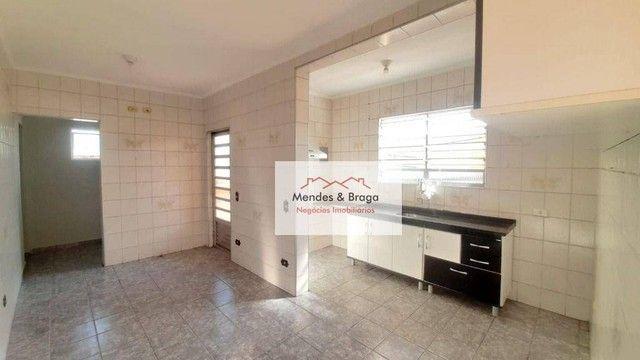 Sobrado com 4 dormitórios para alugar, 160 m² por R$ 2.500,00/mês - Cocaia - Guarulhos/SP - Foto 5