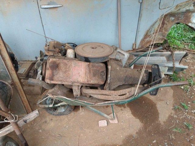 Vendo motor e caixa de Chevette 1.6 S 4marcha - Foto 3
