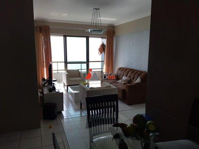 BIM Vende em Candeias, 98m², 3 Quartos - Andar alto e beira mar. - Foto 9